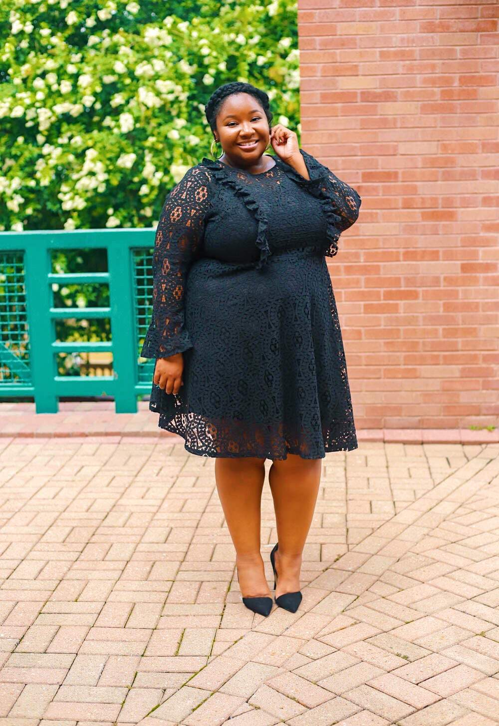 Plus Size Blogger Spotlight- Ashley of From Head To Curve