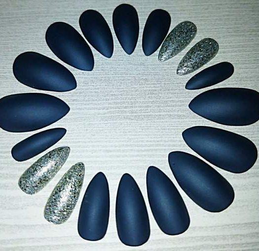Press-On Stiletto Nails