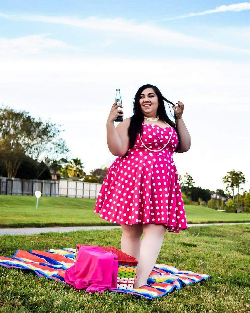 Plus Size Blogger Spotlight- SarahJaneReign