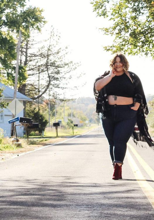12 Plus Size Fashionistas Over a Size 24 You Should Know