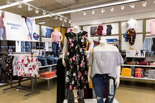 Old navy to carry plus size in store