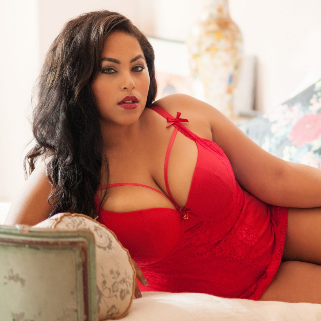 sexy lingerie plus size  Belle Amour
