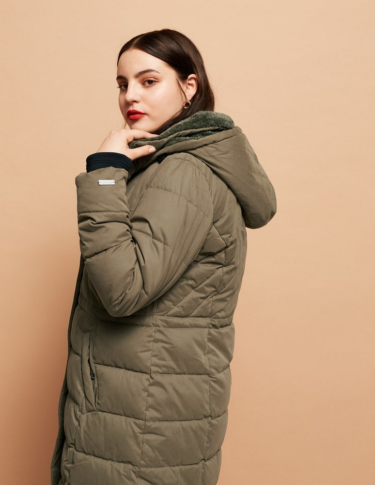 25 Must Rock Plus Size Puffer Coats- Dutch Elements Faux Fur Lined Quilted Jacket