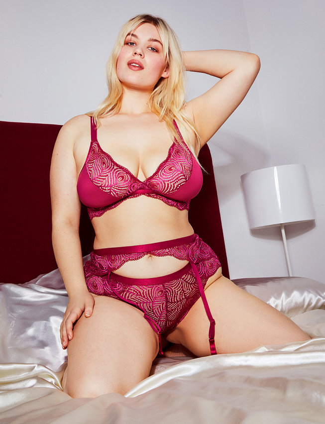 Plus Size Panties for Valentine's Day- Cosabella x ELOQUII Sugar Hotpant