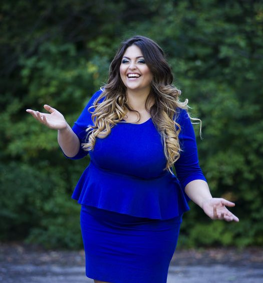 Ask TCF! What are the Best Photos for Plus Size Online Dating?