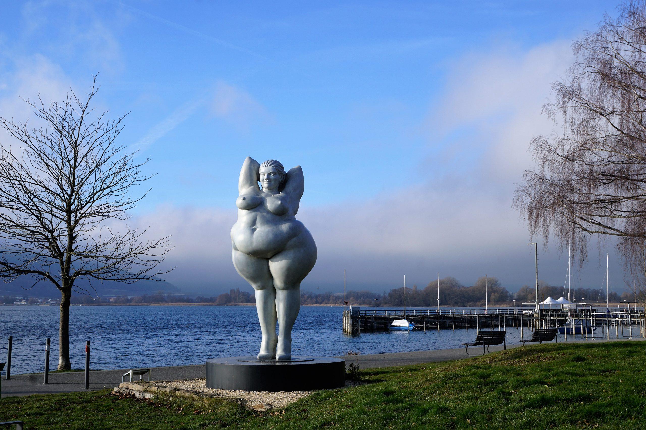 fat statue in Germany