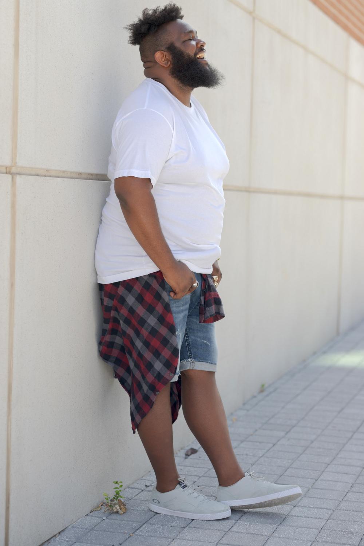 Kirklan Hawes in Silver Jeans Shorts in Plus Sizes