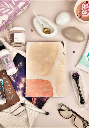 5 Subscription Boxes Perfect For Spring