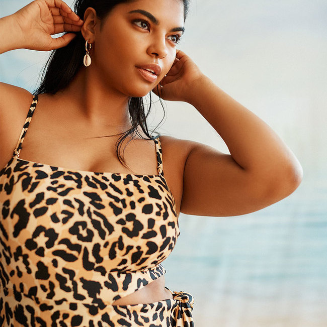 27+ REALLY CUTE Plus Size One Piece Swimsuits to Rock This Summer!