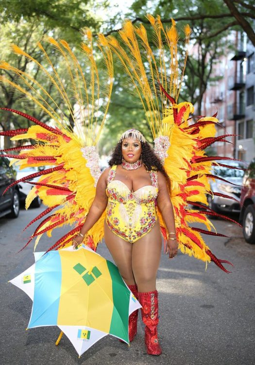 Curvy Carnival Chasers: Plus Size Women Are Carnival Too
