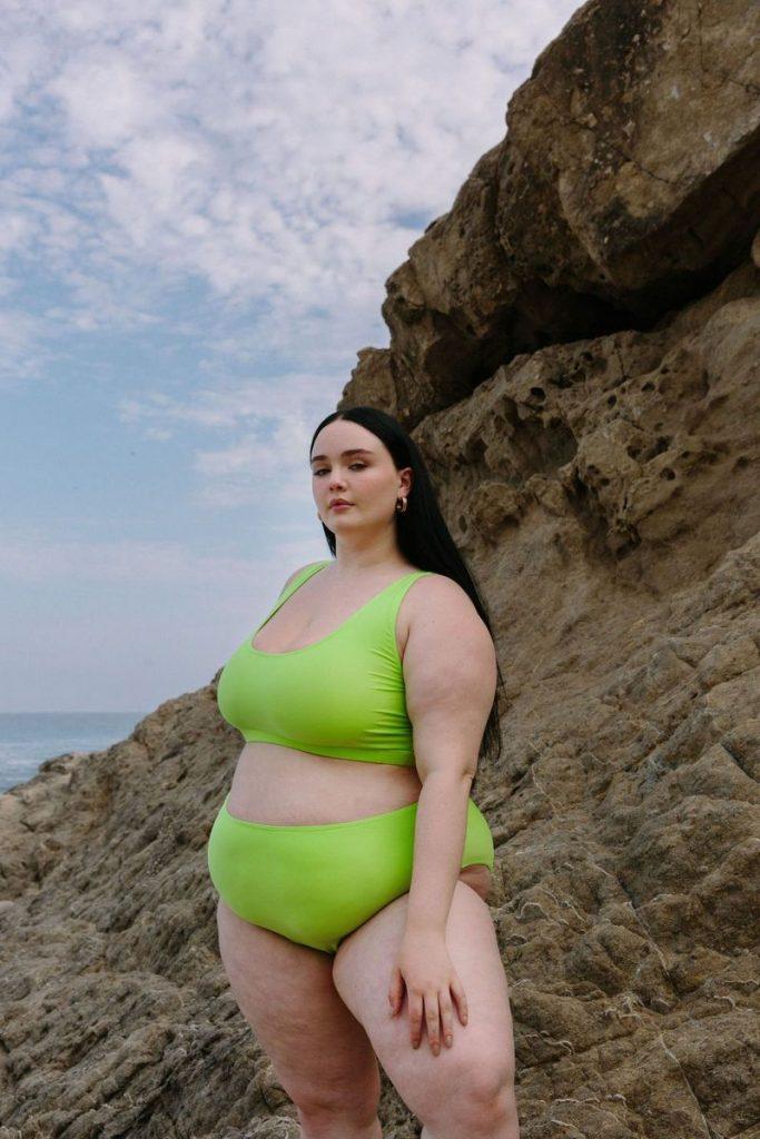 Wray Plus Size Indie Spotlight