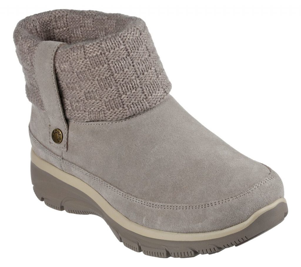 gray knitted boots with rubber sole