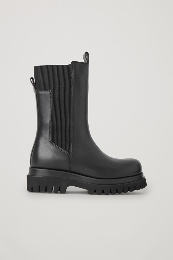 Chunky Fall and Winter boot from COS in black leather with a 1 and 1/2 inch heel