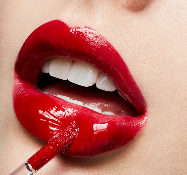 MAC Cosmetics Iconic Ruby Woo Lipstick is Back in 3 New Ways to form a new Ruby Crew- Ruby's CREW LIPGLASS