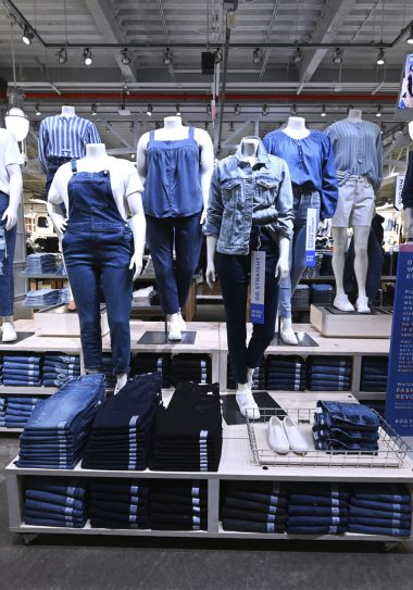Old Navy In Store Experience