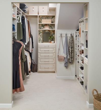 Women's Slanted Ceiling Walk-In