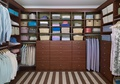 Grand Walk-In Closet