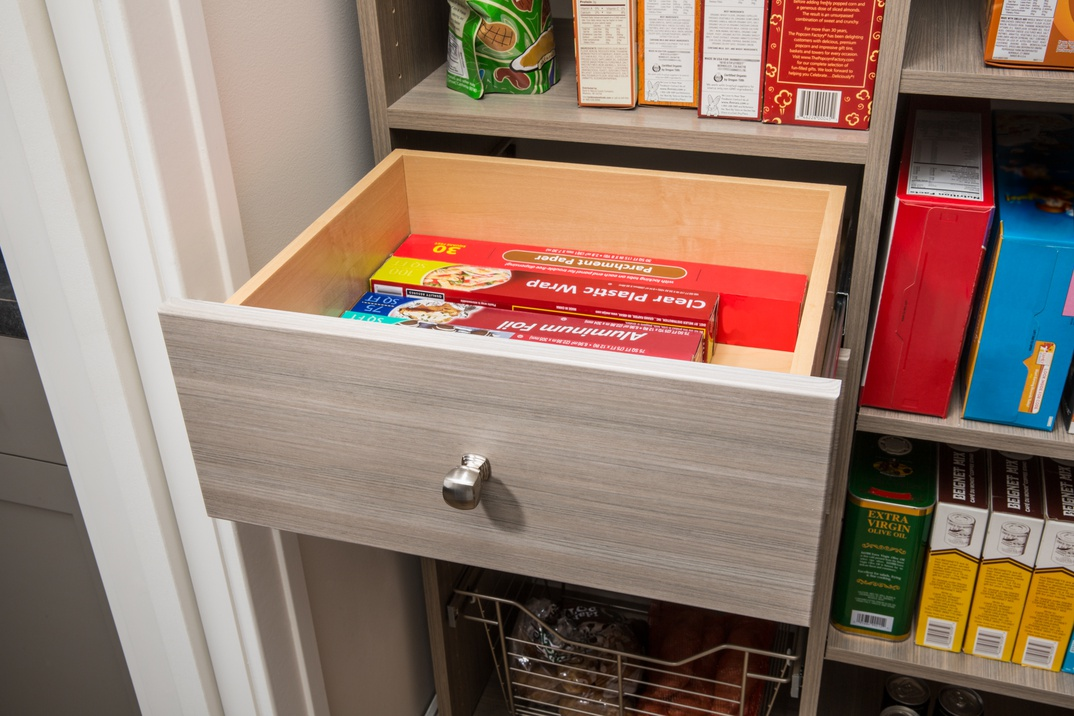 Full-Extension Drawer