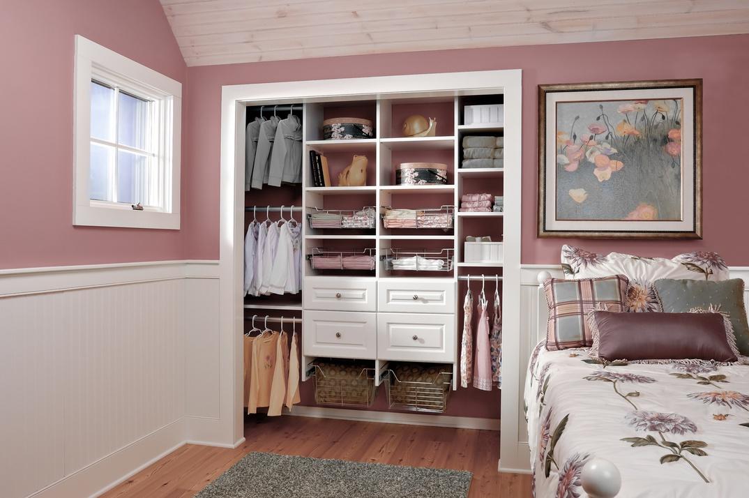Girl's Reach-In Closet