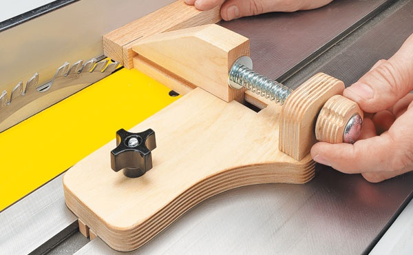 Micro Adjust Ripping Jig Woodsmith Tips