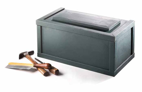 A simple box for household tools.