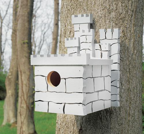 House Finch Castle Birdhouse