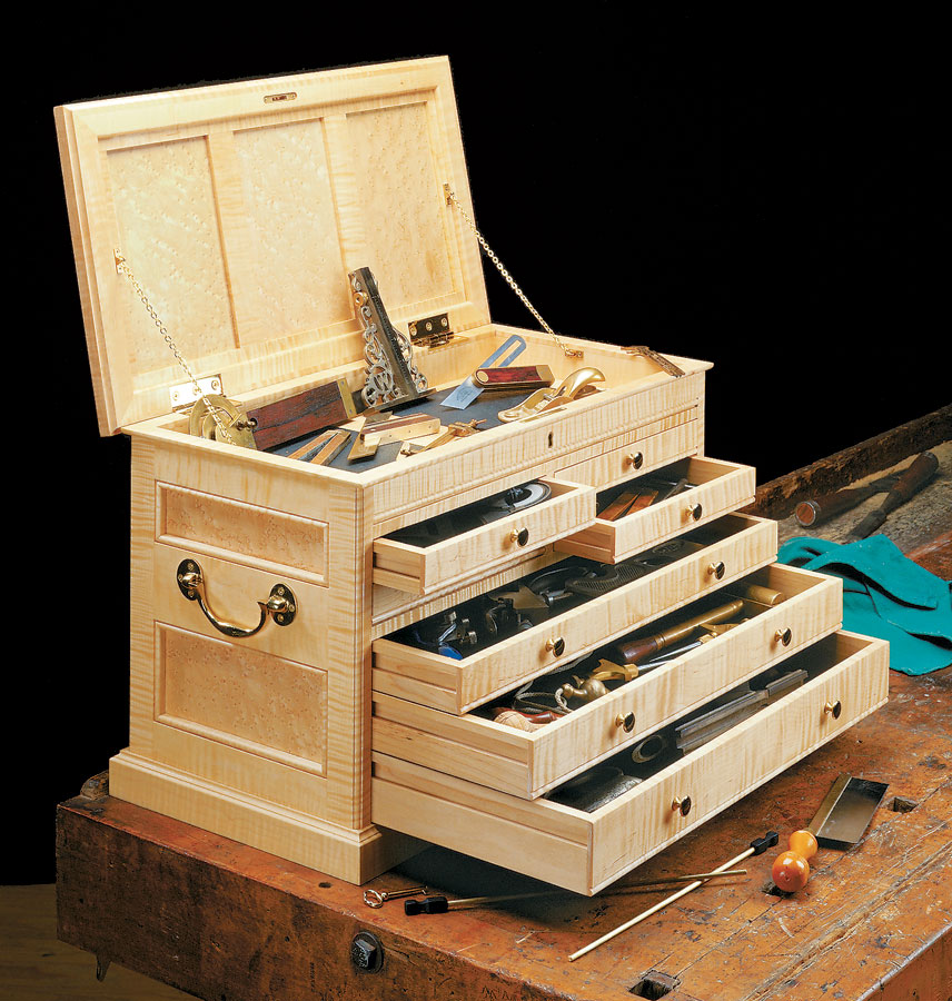 This elegant, compact chest is designed to keep all of your favorite hand tools and accessories safe and secure.