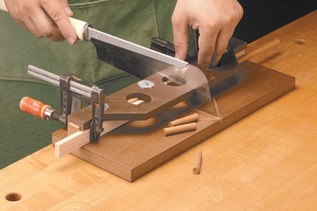 Adjustable Pull Saw Miter Box