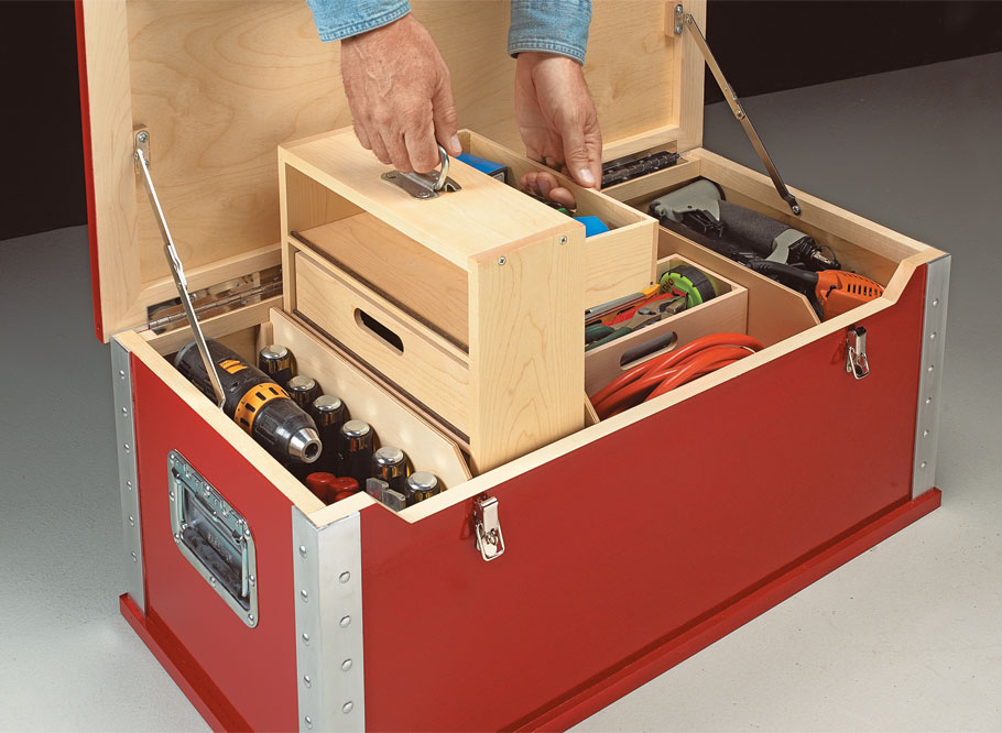 This heavy-duty tool chest has lots of handy storage and great organization with an easy-to-build lightweight design.