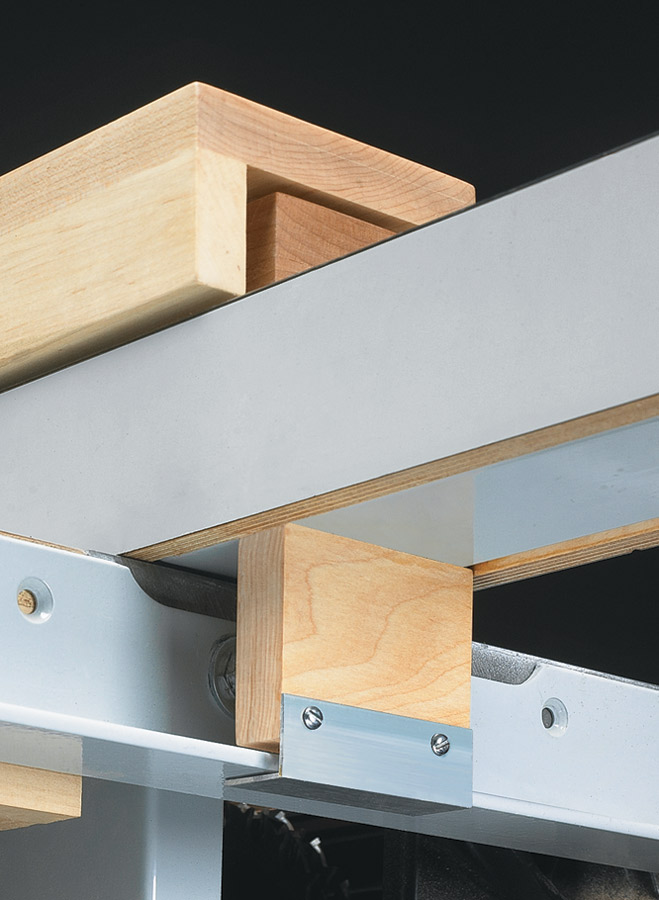 Cutting narrow or thin stock can be a challenge.This clever jig makes it easier and safer.