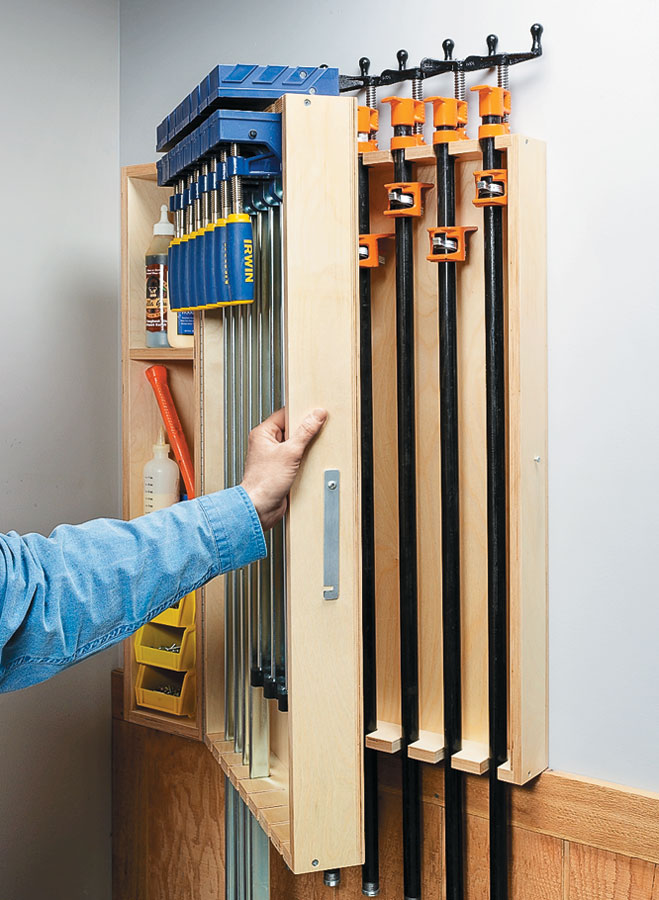 Get high-capacity clamp storage in a compact space with this multi-layer wall rack, plus cubbies for clamping accessories.