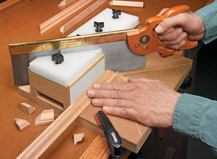 This handy jig makes it easy to make cuts in small pieces safely and accurately every time with your handsaw.