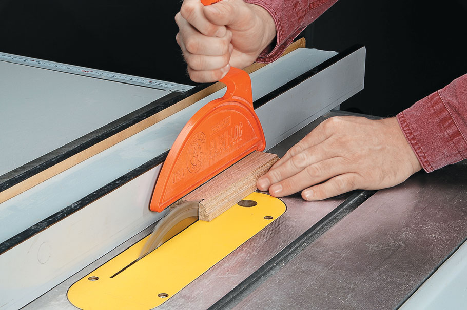 A few router table accessories make it easy to get safe, accurate cuts
