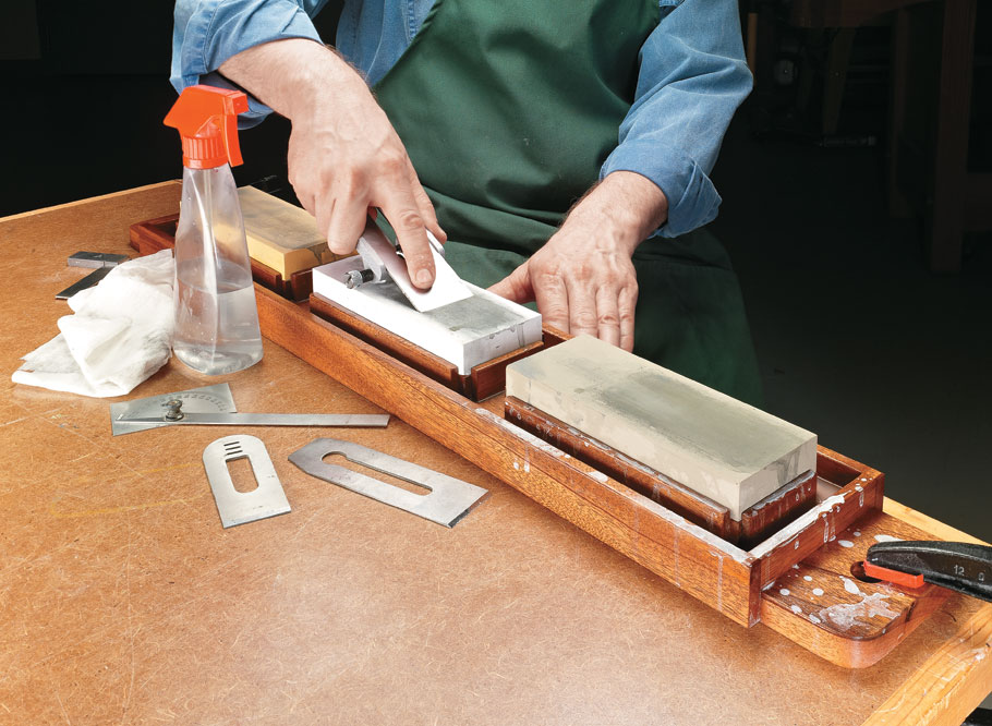 A handy sharpening station makes it convenient to use your waterstones. The result is sharp tools every time.