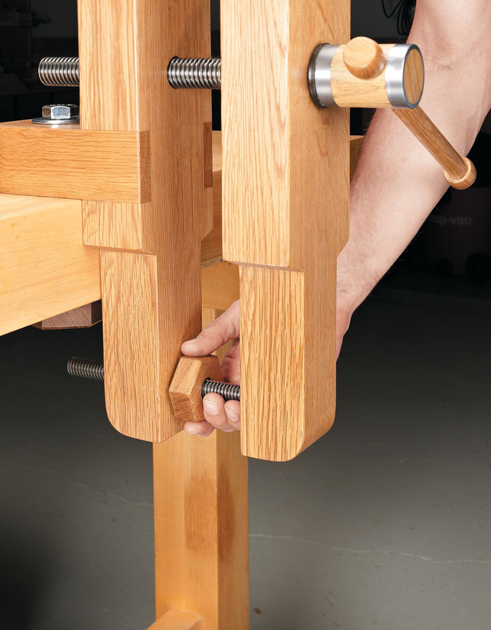 Raise your work to a whole new level. This vise provides a solid grip and all-around access.