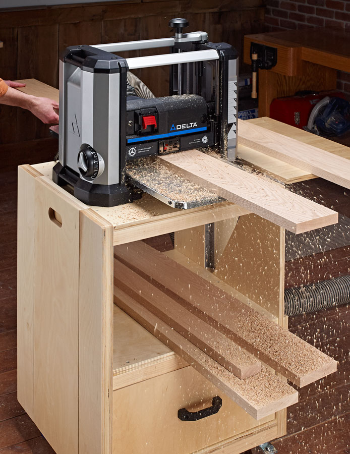 This easy-to-build cart turns a small benchtop planer into a compact workstation.