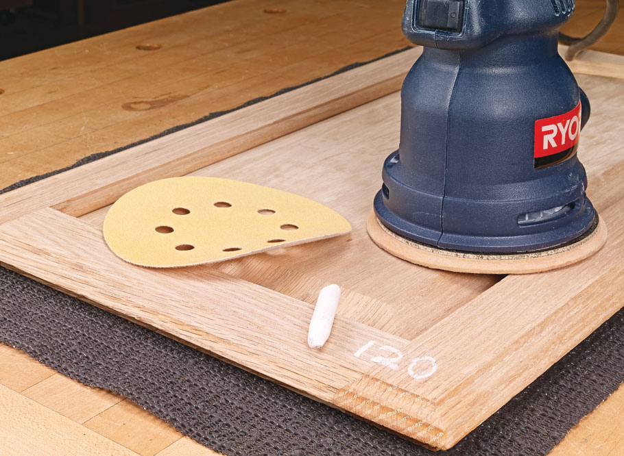 Get all 19 woodworking tips featured in Season 8 of the Woodsmith Shop.