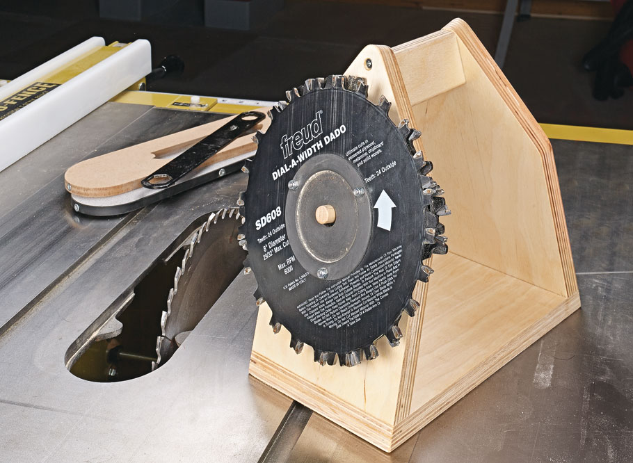Get all 13 woodworking tips featured in Season 9 of the Woodsmith Shop.