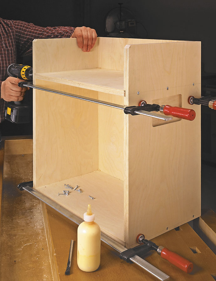 On the jobsite or in the shop, keeping your router and all of its accessories organized is key, and this job box fits the bill.