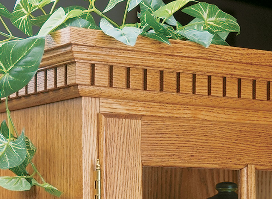 Tall Oak Cabinet | Woodworking Project | Woodsmith Plans