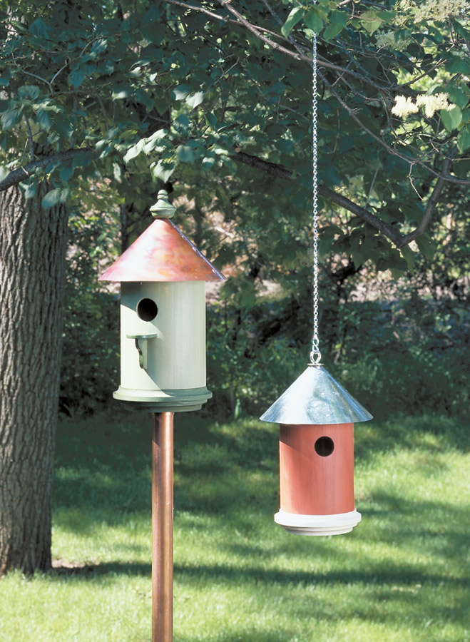 Country or classic — All you have to do is select from several design options to create the round birdhouse of your dreams.
