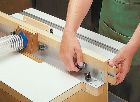This router table serves double duty. It can be a benchtop router table, or a stand-alone router station.