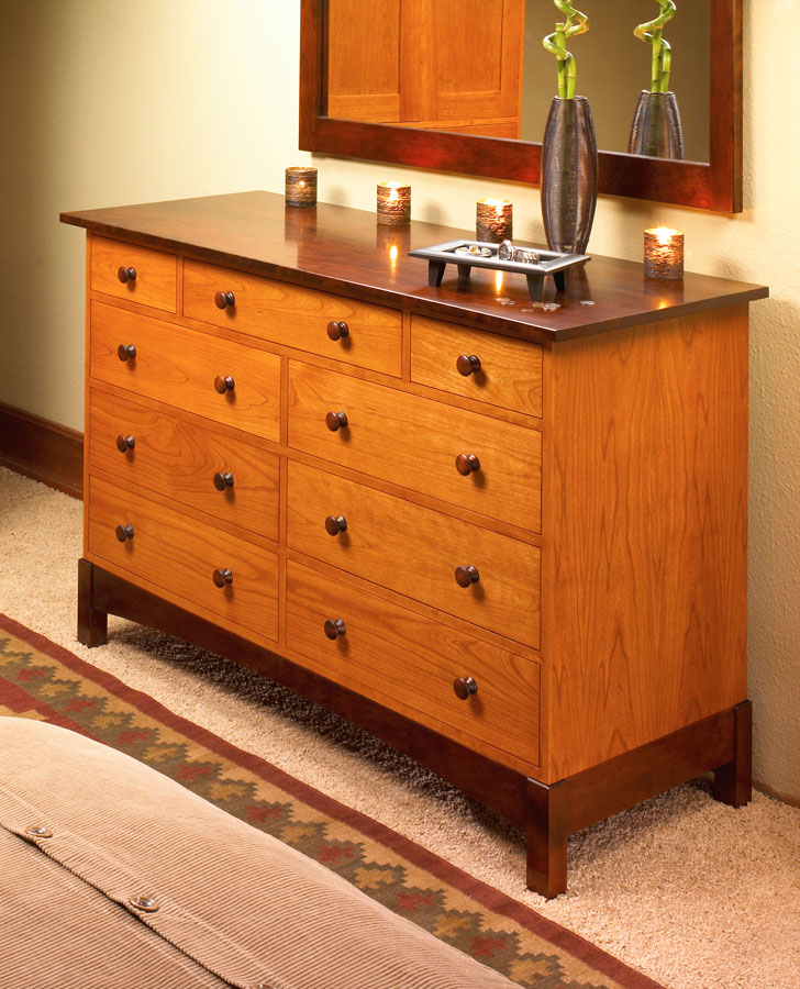 This great-looking dresser features basic plywood construction and contrasting colors, adding style and storage to your bedroom.