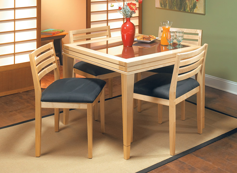 It's like getting two tables in one. This stylish design doesn't take up much floorspace, but it slides open to provide seating for six.
