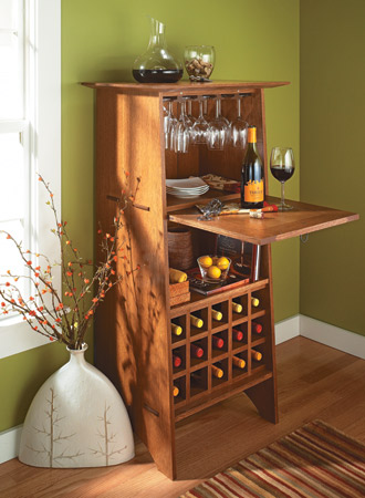 Classic Oak Wine Server