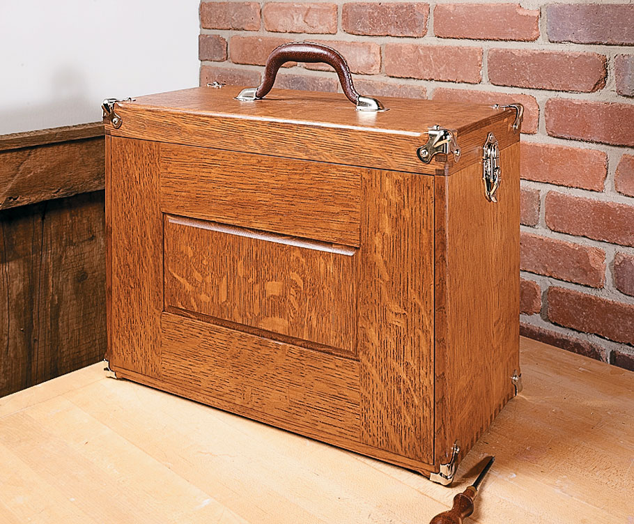 This turn-of-the-century tool chest made from riftsawn oak is as useful for storing tools today as it was 100 years ago.