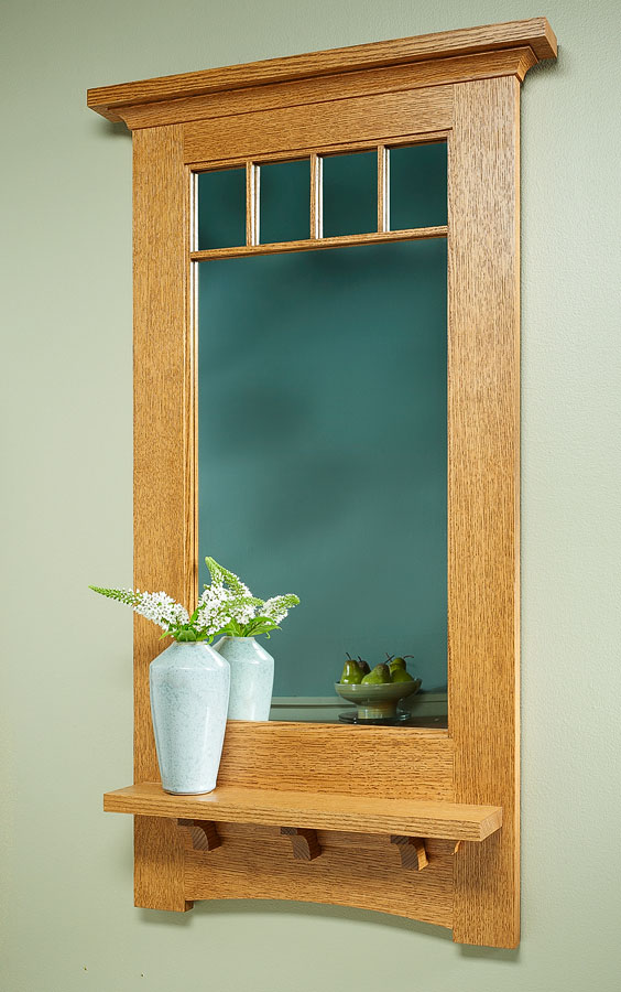 This mirror has everything you expect from a Craftsman-style project. It features traditional joinery, simple details, and a practical design.