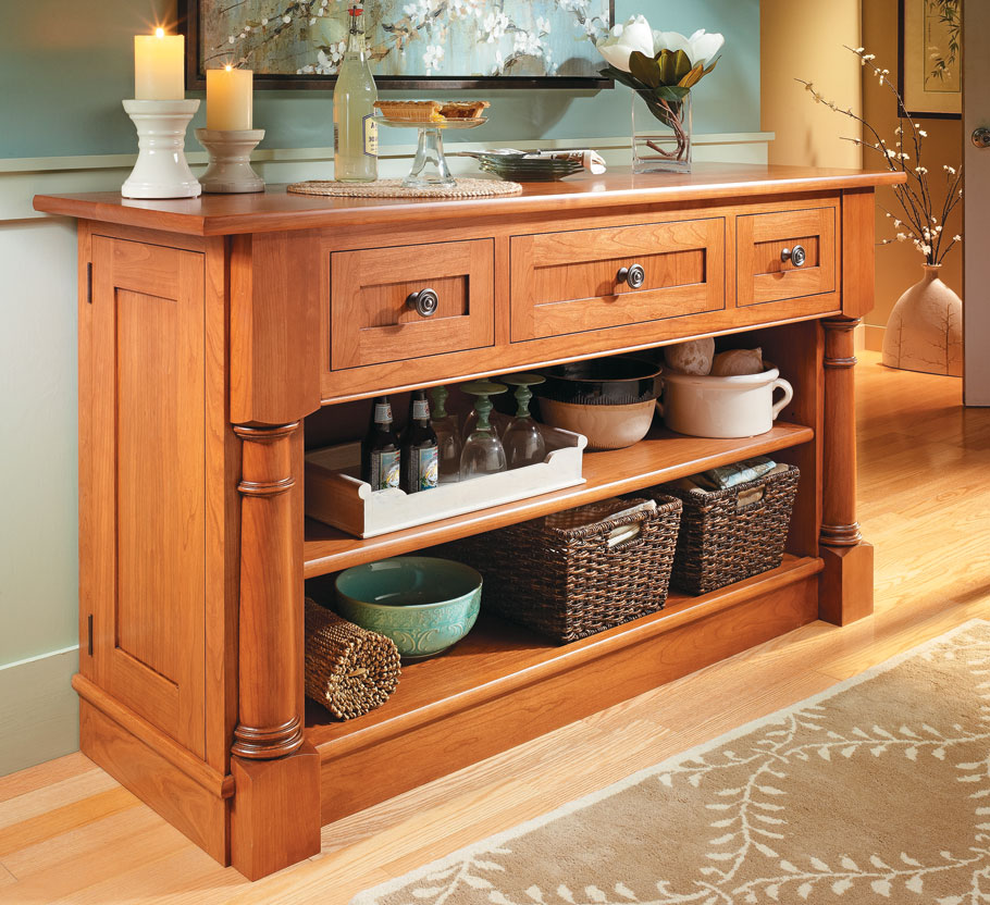 Cherry Sideboard | Woodworking Project | Woodsmith Plans
