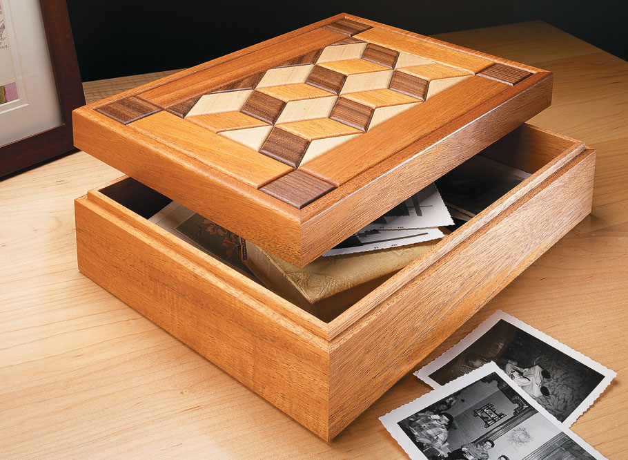 Choose from three eye-popping inlay patterns to create a unique box.