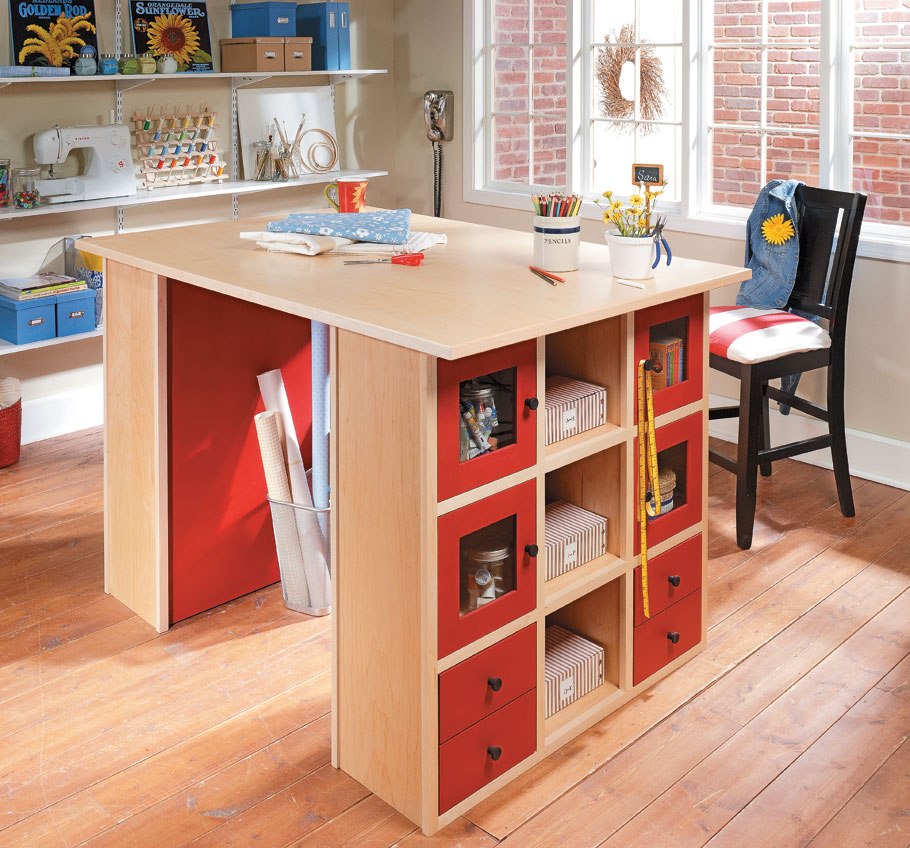 With a large worksurface and lots of handy storage, this work center is sure to please even the most demanding hobbyist.